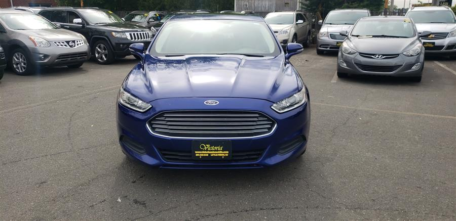 Used Ford Fusion 4dr Sdn SE FWD 2013   Victoria Preowned Autos Inc. Little Ferry, New Jersey