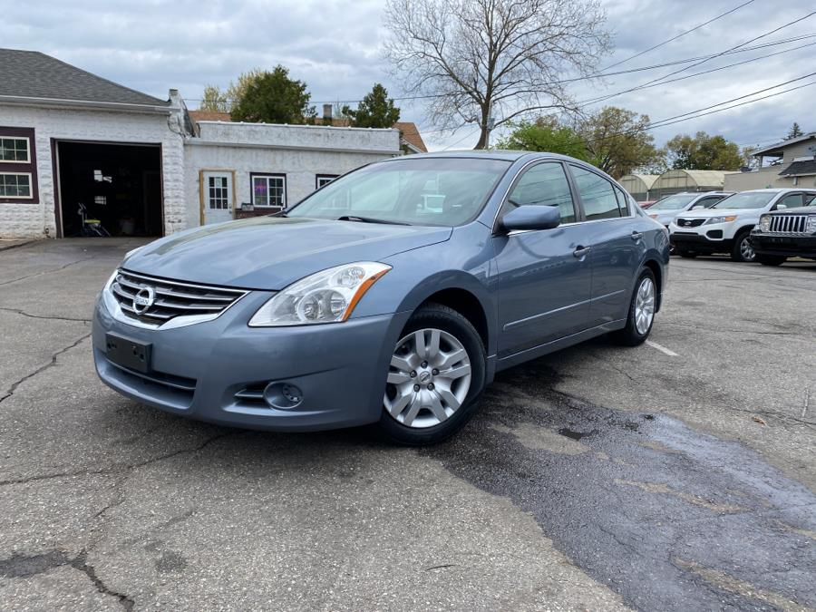 Used 2010 Nissan Altima in Springfield, Massachusetts | Absolute Motors Inc. Springfield, Massachusetts