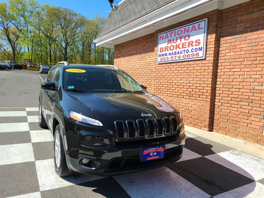Used Jeep Cherokee 4WD 4dr Latitude 2016 | National Auto Brokers, Inc.. Waterbury, Connecticut