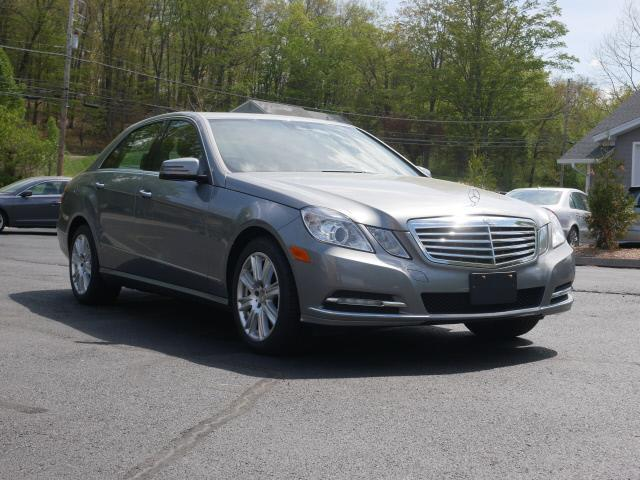 Used 2013 Mercedes-benz E-class in Canton, Connecticut | Canton Auto Exchange. Canton, Connecticut