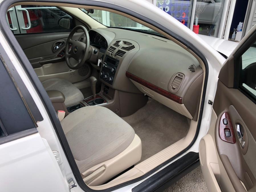 Used Chevrolet Malibu 4dr Sdn LS w/1LS 2006 | Chris's Auto Clinic. Plainville, Connecticut