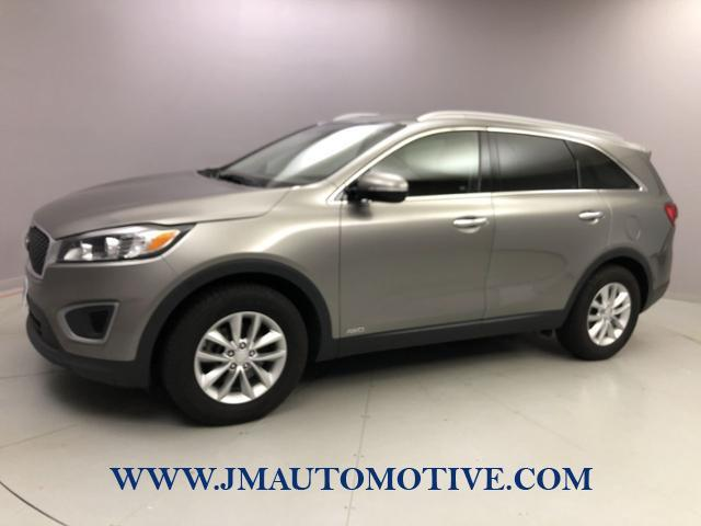 Used 2016 Kia Sorento in Naugatuck, Connecticut | J&M Automotive Sls&Svc LLC. Naugatuck, Connecticut