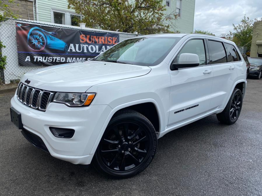 Used 2018 Jeep Grand Cherokee in Jamaica, New York | Sunrise Autoland. Jamaica, New York