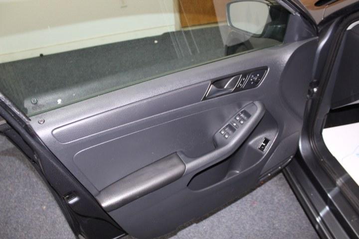 Used Volkswagen Jetta Sedan 4dr Auto S 2013 | New England Auto Sales LLC. Plainville, Connecticut
