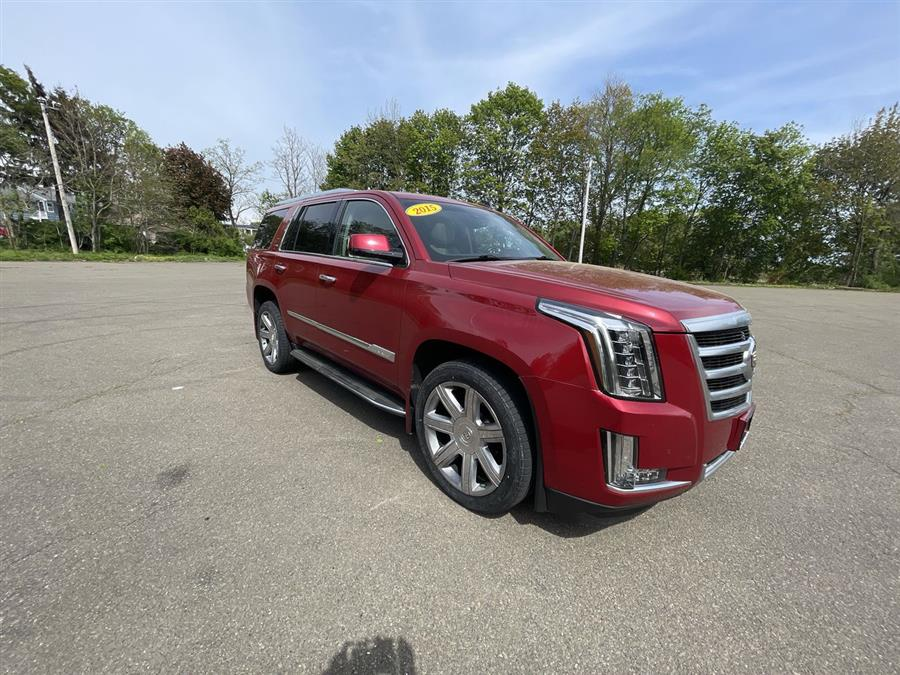 Used 2015 Cadillac Escalade in Stratford, Connecticut | Wiz Leasing Inc. Stratford, Connecticut