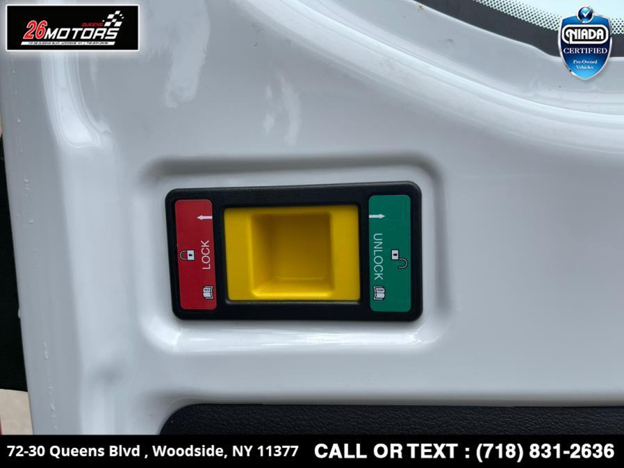 "Used Ford Transit Van T-250 148"" Med Rf 9000 GVWR Sliding RH Dr 2019   26 Motors Queens. Woodside, New York"