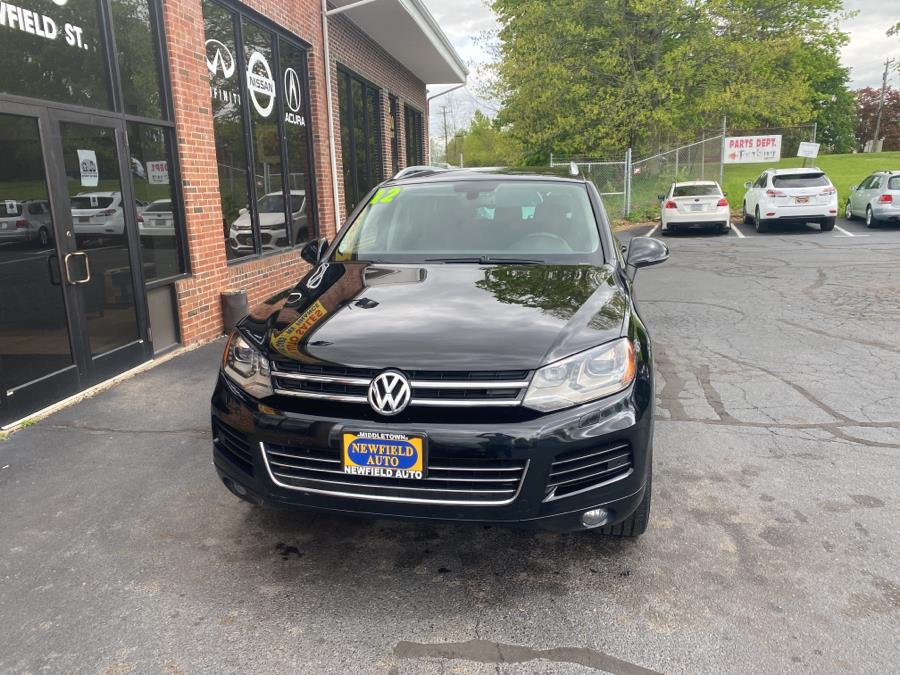 Used Volkswagen Touareg 4dr VR6 Sport w/Nav 2012 | Newfield Auto Sales. Middletown, Connecticut
