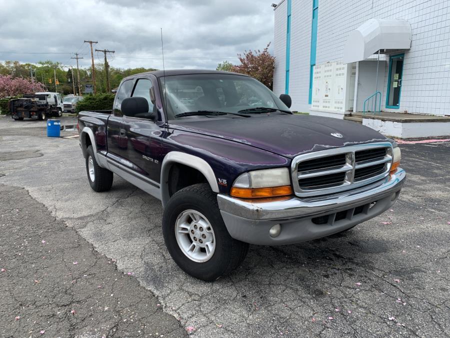 Used Dodge Dakota  1998 | Dealertown Auto Wholesalers. Milford, Connecticut
