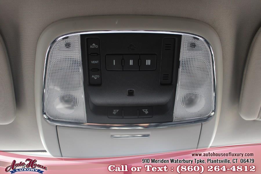 Used Jeep Grand Cherokee 4WD 4dr Laredo 2011 | Auto House of Luxury. Plantsville, Connecticut