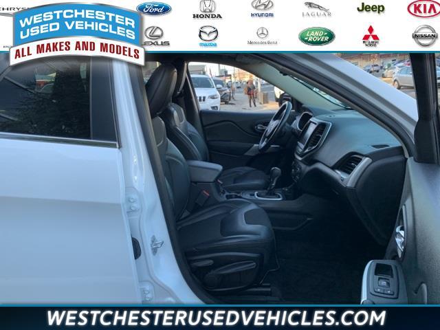 Used Jeep Cherokee Latitude Plus 2018 | Westchester Used Vehicles. White Plains, New York