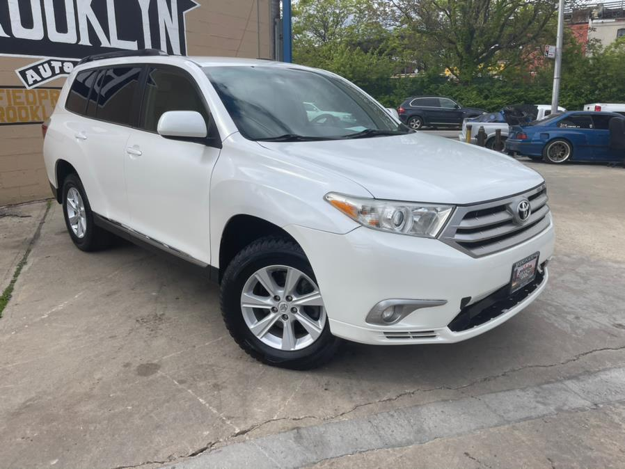 Used 2011 Toyota Highlander in Brooklyn, New York | Brooklyn Auto Mall LLC. Brooklyn, New York