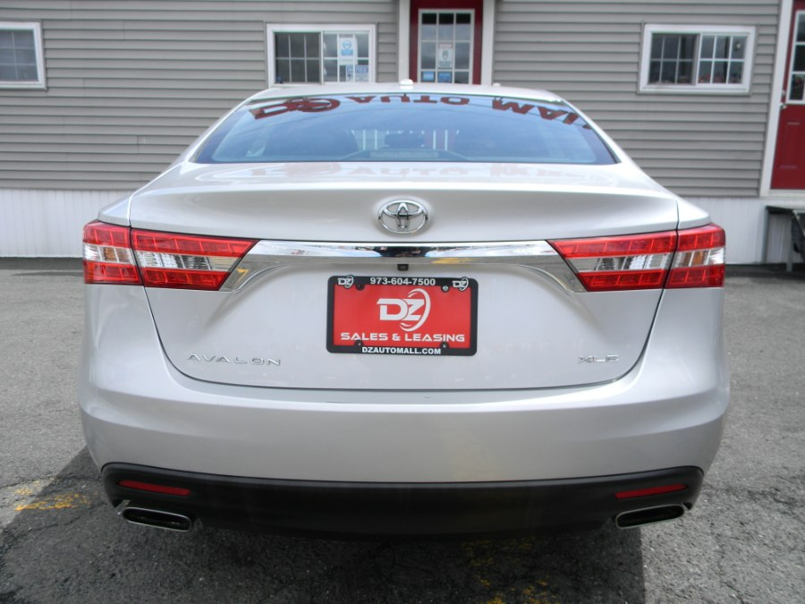 Used Toyota Avalon 4dr Sdn XLE Touring (Natl) 2014 | DZ Automall. Paterson, New Jersey