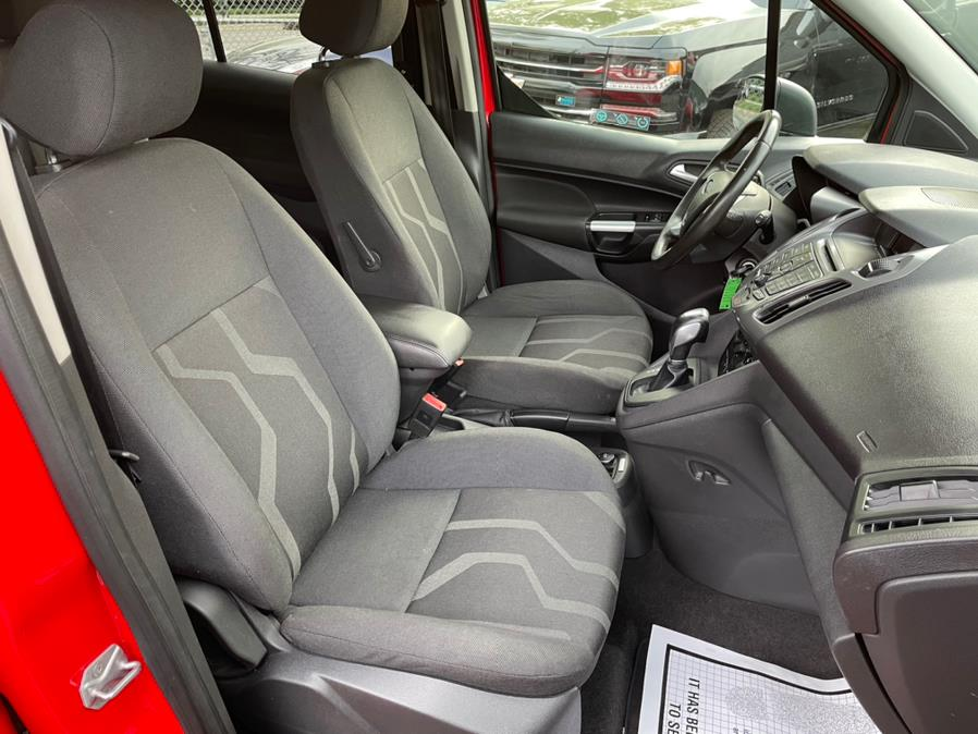 Used Ford Transit Connect Wagon 4dr Wgn LWB XLT w/Rear Liftgate 2016 | Easy Credit of Jersey. South Hackensack, New Jersey