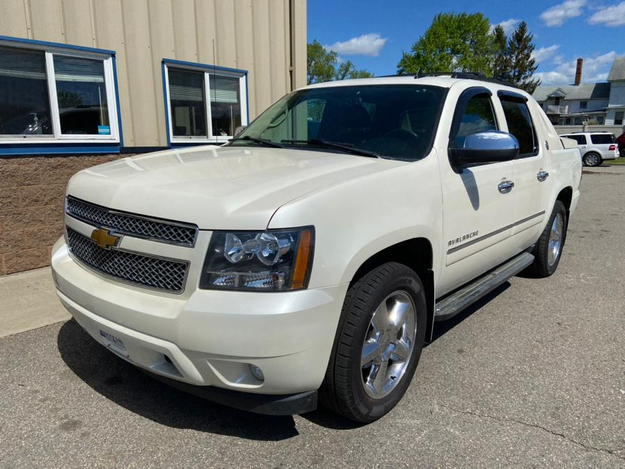 Used Chevrolet Avalanche 4WD Crew Cab LTZ 2013 | Century Auto And Truck. East Windsor, Connecticut