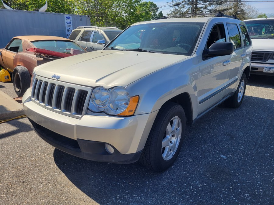 Used Jeep Grand Cherokee 4WD 4dr Rocky Mountain 2009 | Romaxx Truxx. Patchogue, New York