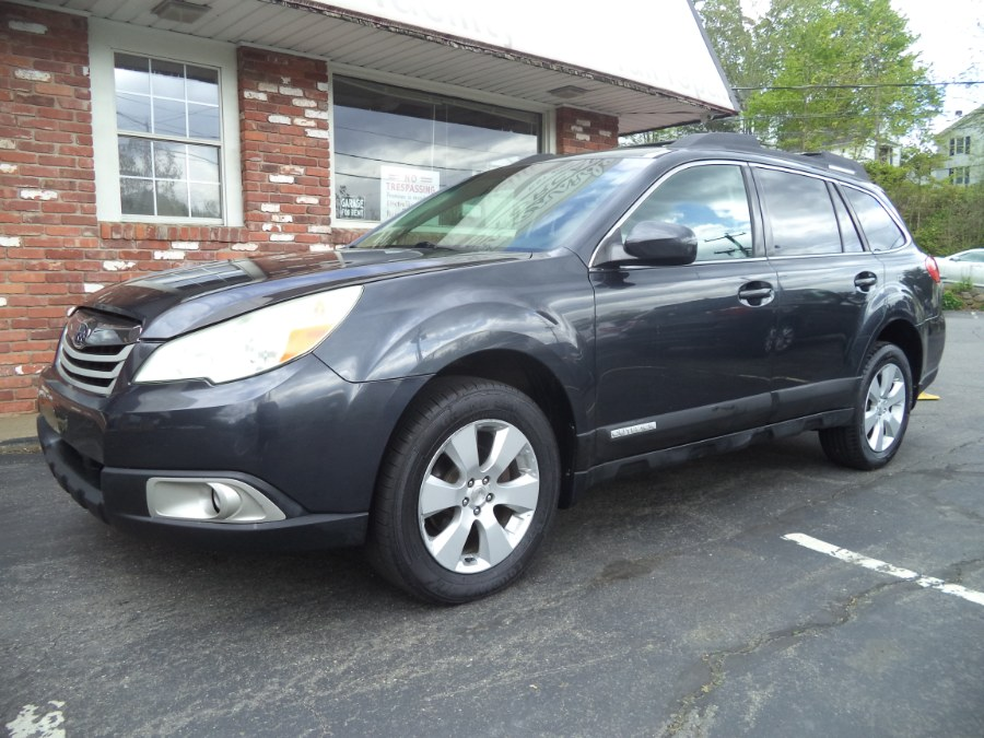 Used 2010 Subaru Outback in Naugatuck, Connecticut | Riverside Motorcars, LLC. Naugatuck, Connecticut