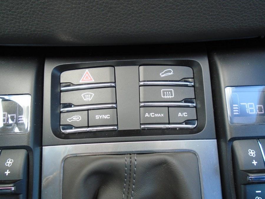 Used Porsche Macan AWD 4dr S 2016 | Jim Juliani Motors. Waterbury, Connecticut