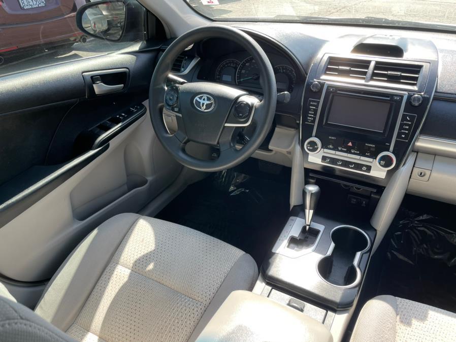 Used Toyota Camry LE Sedan 4D 2012   Green Light Auto. Corona, California