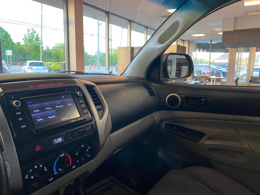 Used Toyota Tacoma 4WD Access Cab V6 AT 2014   POWER MOTORS EAST. Massapequa Park, New York