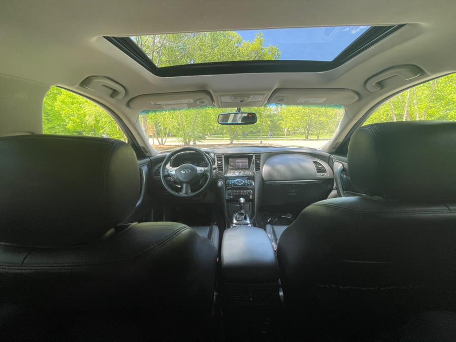 Used INFINITI QX70 AWD 4dr 2016 | Champion Auto Sales. Newark, New Jersey