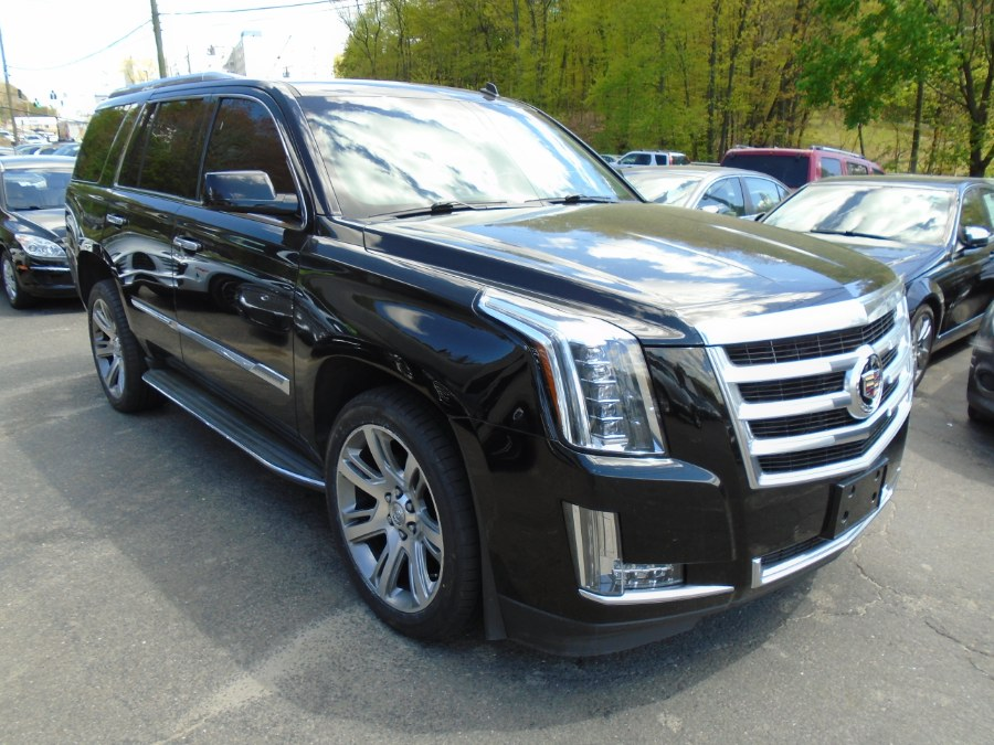 Used Cadillac Escalade 4WD 4dr Luxury 2015 | Jim Juliani Motors. Waterbury, Connecticut