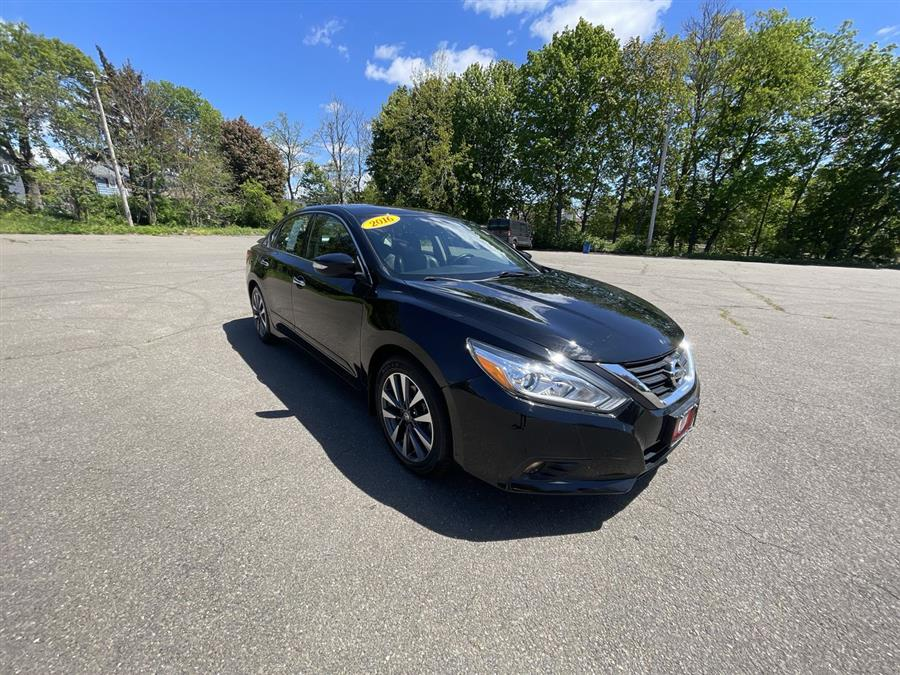 Used 2016 Nissan Altima in Stratford, Connecticut | Wiz Leasing Inc. Stratford, Connecticut