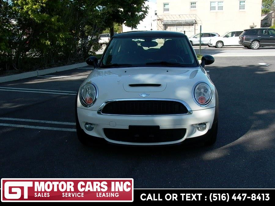 2008 MINI Cooper Hardtop 2dr Cpe S, available for sale in Bellmore, NY