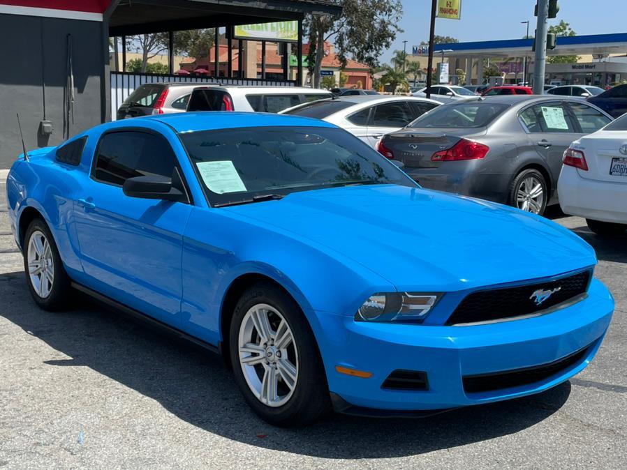 Used Ford Mustang 2dr Cpe V6 Premium 2010 | Green Light Auto. Corona, California