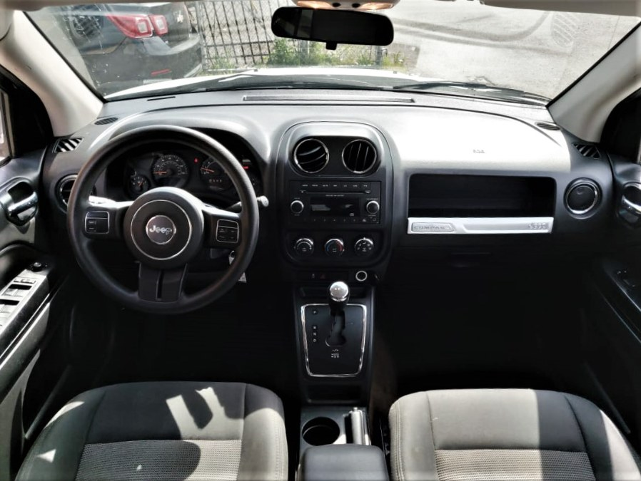Used Jeep Compass FWD 4dr Sport 2015 | Temple Hills Used Car. Temple Hills, Maryland
