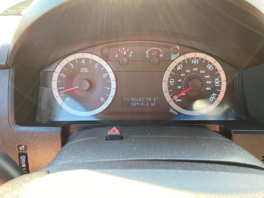 Used Ford Escape 4WD 4dr XLT 2011 | Middle Village Motors . Middle Village, New York