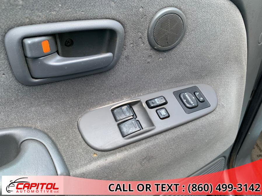 Used Toyota Tundra AccessCab V8 SR5 4WD Stepside (Natl 2004   Capitol Automotive 2 LLC. Manchester, Connecticut