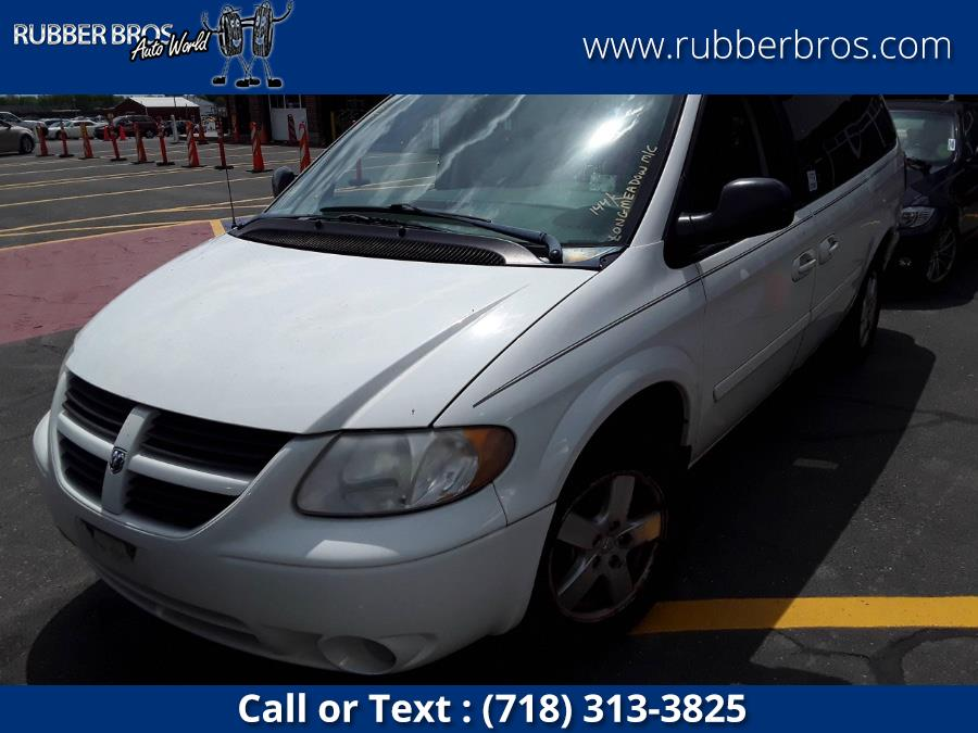 Used 2005 Dodge Caravan in Brooklyn, New York | Rubber Bros Auto World. Brooklyn, New York