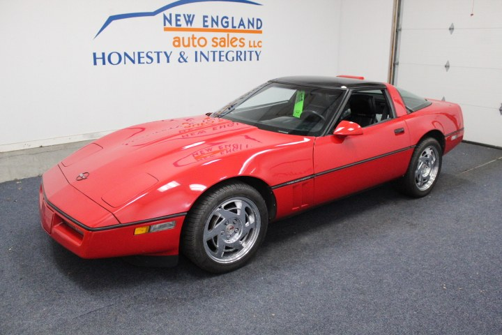 Used 1990 Chevrolet Corvette in Plainville, Connecticut | New England Auto Sales LLC. Plainville, Connecticut