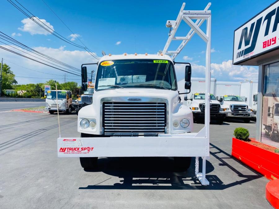 Used Freightliner M2 CREW CAB SERVICE TRUCK + STELLAR 6000MH CRANE 2009 | NJ Truck Spot. South Amboy, New Jersey
