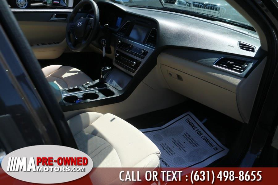 Used Hyundai Sonata 4dr Sdn 2.4L SE 2016 | M & A Motors. Huntington, New York