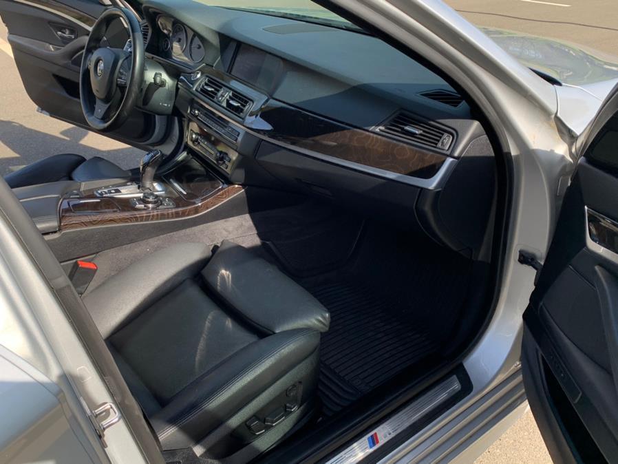Used BMW 5 Series 4dr Sdn 550i xDrive AWD 2012 | Riverside Auto Center LLC. Bristol , Connecticut