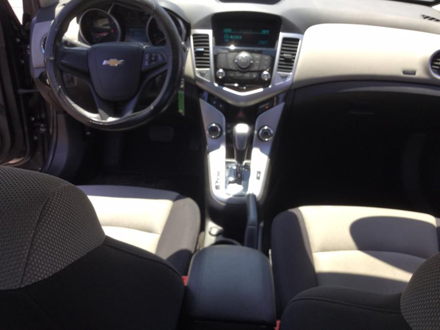 Used Chevrolet Cruze 4dr Sdn Auto LS 2014   L&S Automotive LLC. Plantsville, Connecticut
