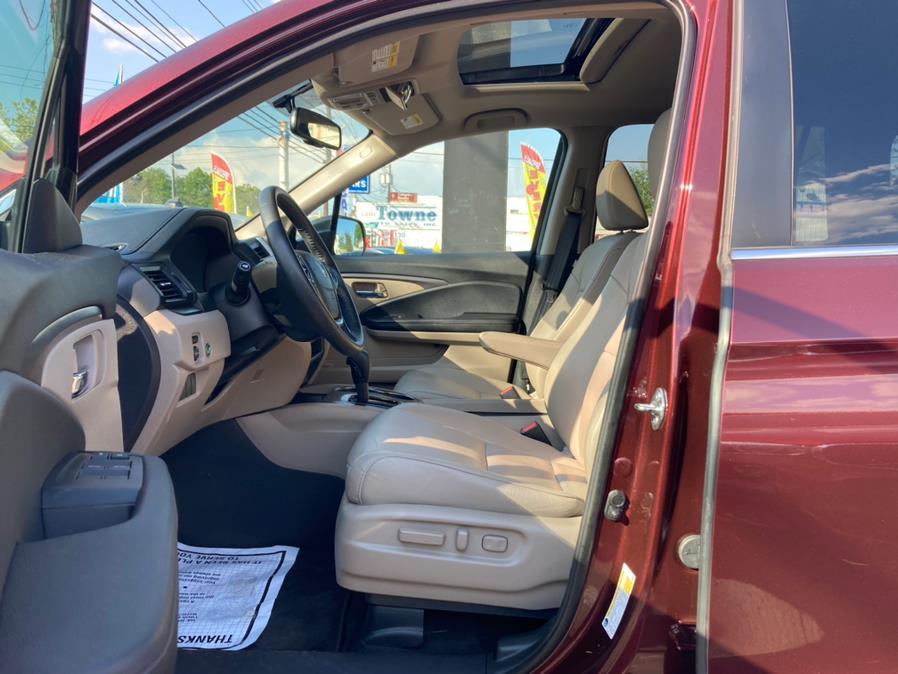Used Honda Pilot EX-L w/Navigation AWD 2018 | Champion Used Auto Sales. Linden, New Jersey