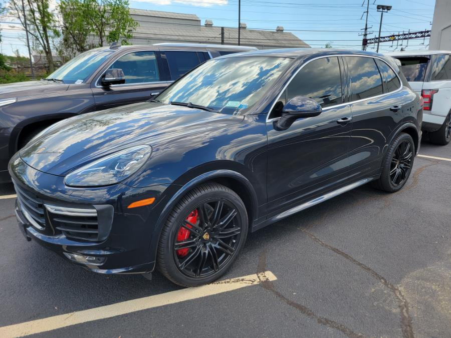 Used 2016 Porsche Cayenne in Shelton, Connecticut | Center Motorsports LLC. Shelton, Connecticut