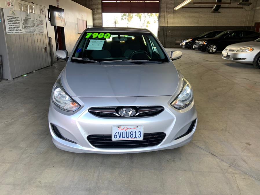Used Hyundai Accent 5dr HB Auto SE 2012 | U Save Auto Auction. Garden Grove, California