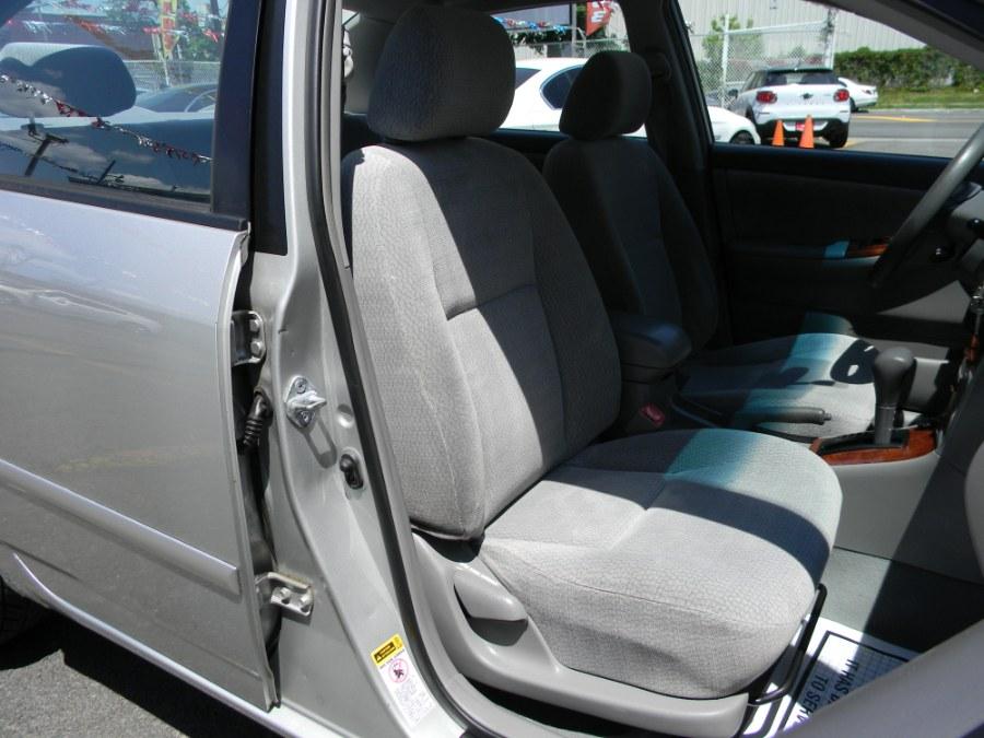 Used Toyota Corolla 4dr Sdn LE Auto 2004 | DZ Automall. Paterson, New Jersey