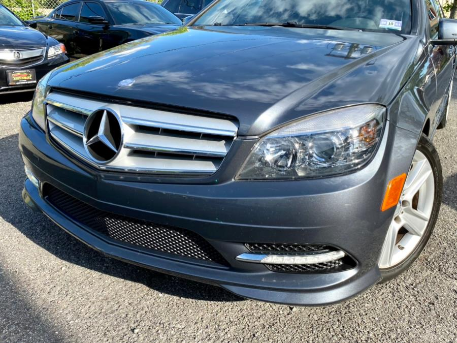Used Mercedes-Benz C-Class 4dr Sdn C300 Sport RWD 2011 | Easy Credit of Jersey. South Hackensack, New Jersey