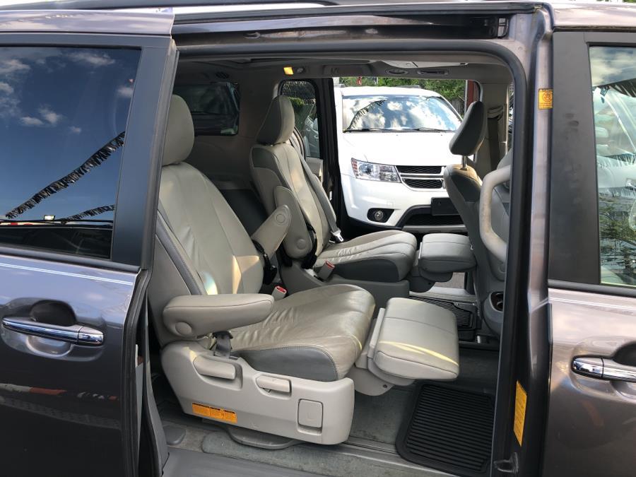 Used Toyota Sienna 5dr 7-Pass Van V6 Ltd AWD (Natl) 2012 | Champion Auto Sales. Bronx, New York