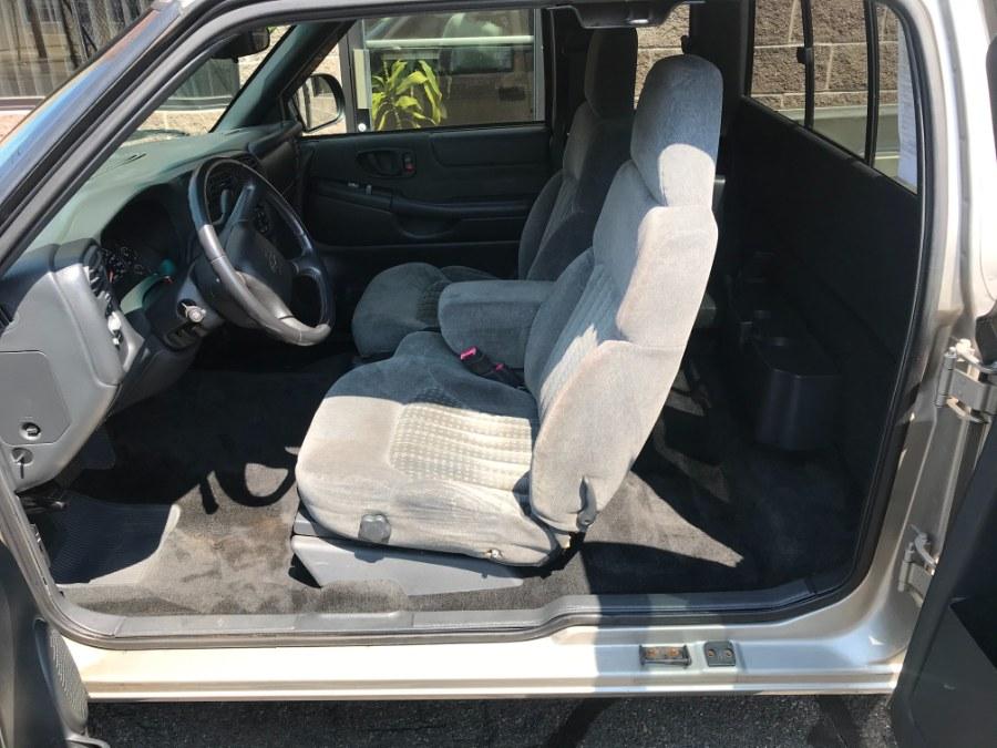 "Used Chevrolet S-10 Ext Cab 123"" WB 4WD LS 2002 | Airway Motors. Bridgeport, Connecticut"