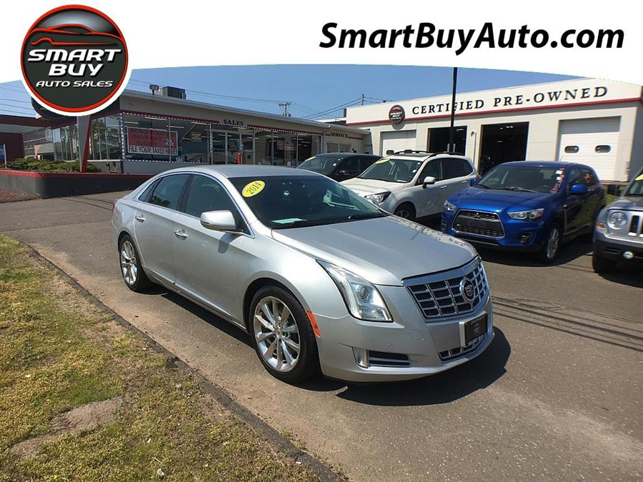2014 Cadillac XTS Luxury Collection photo