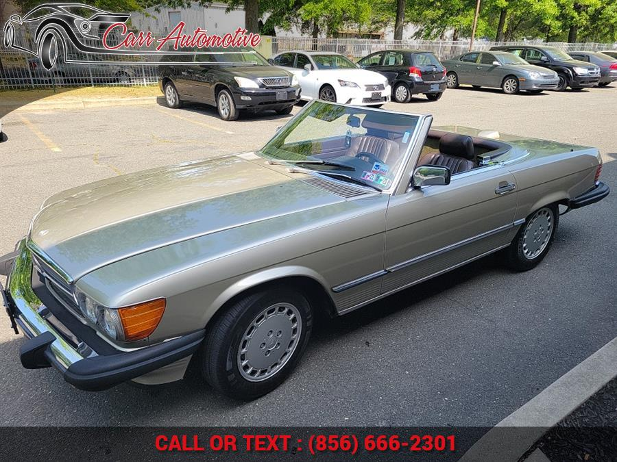Used Mercedes-Benz 560 Series 2dr Roadster 560SL 1987 | Carr Automotive. Delran, New Jersey
