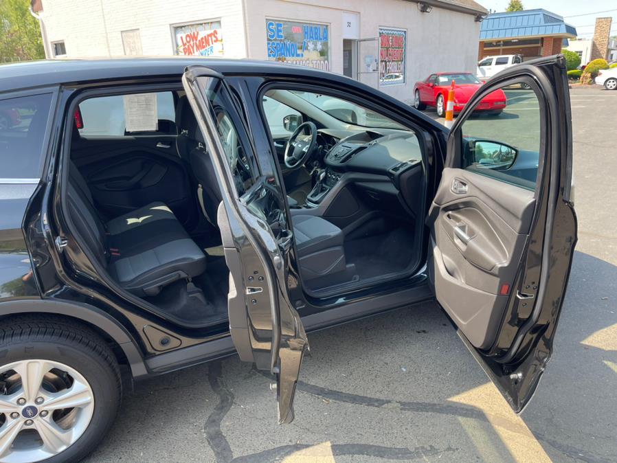 Used Ford Escape 4WD 4dr SE 2013 | Diamond Auto Cars LLC. Vernon, Connecticut
