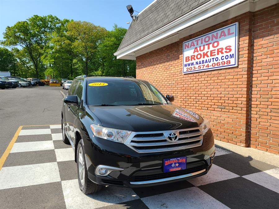 Used Toyota Highlander 4WD 4dr V6  Limited 2013 | National Auto Brokers, Inc.. Waterbury, Connecticut