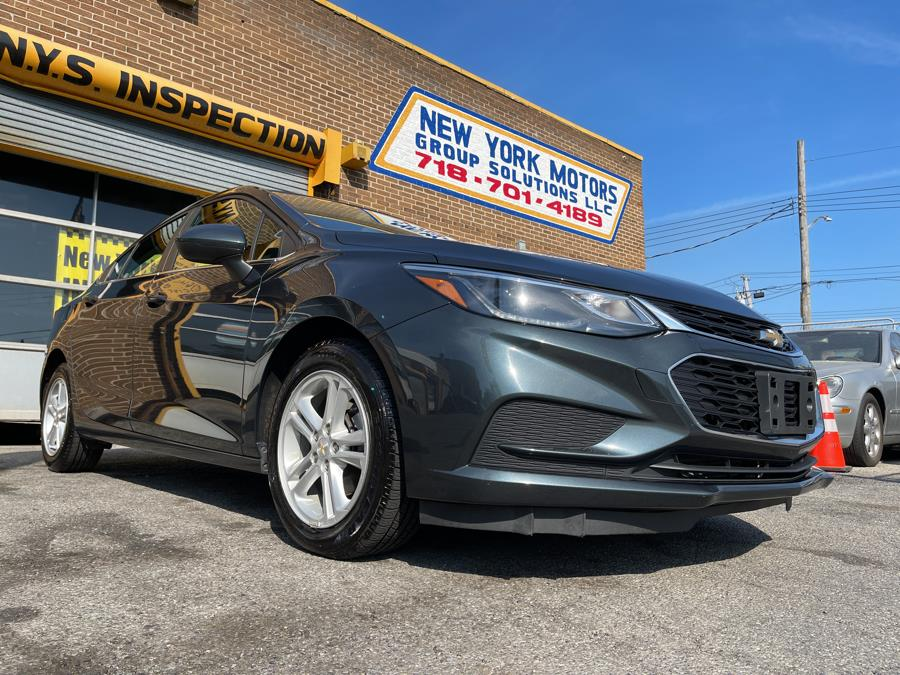 Used 2018 Chevrolet Cruze in Bronx, New York | New York Motors Group Solutions LLC. Bronx, New York
