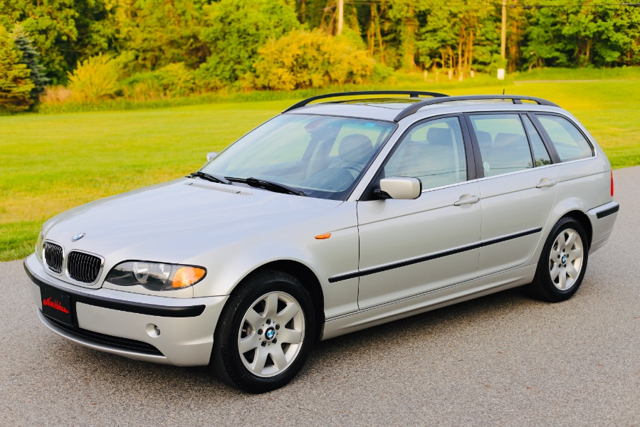 Used 2003 BMW 3 Series in North Salem, New York | Meccanic Shop North Inc. North Salem, New York